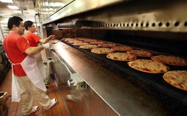 Domino's Pizza hits Thailand