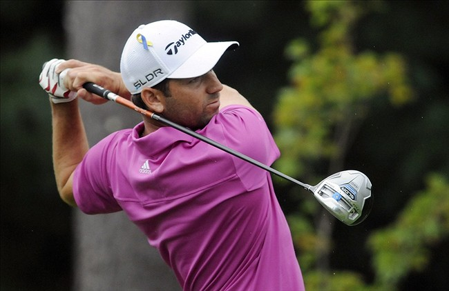 Golf Shots: Sergio Garcia Surges to Lead at Shell Houston Open