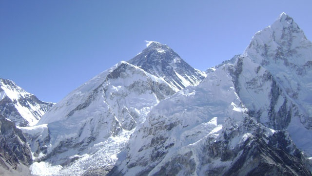 Deadly Mt. Everest Avalanche Kills 12