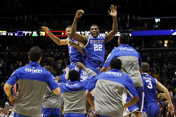 NCAA Kentucky Wildcats Connecticut Huskies