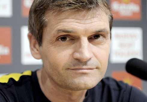 Former Barcelona Coach