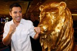 Oscar De La Hoya Interested in Buying Los Angeles Clippers