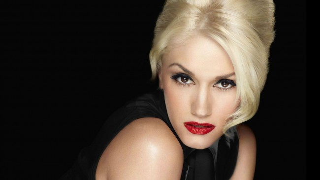 Gwen Stefani Will Replace Christina Aguilera for Season 7 of The Voice