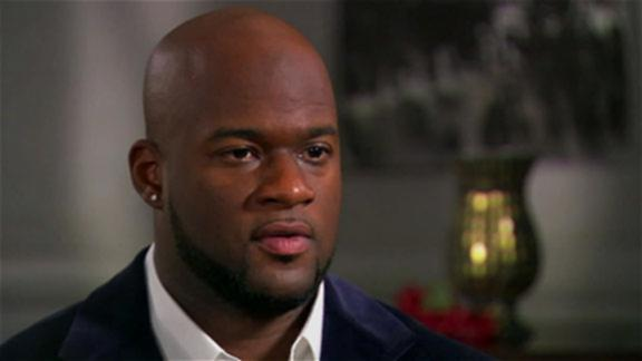 Vince Young Has Job With Longhorns If NFL Career Is Over
