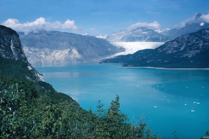 Climate Change Causing Glaciers Near Alaska to Shrink Rapidly
