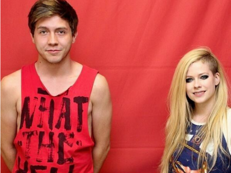 Avril Lavigne 'Don't Stand So Close To Me' Meet & Greet