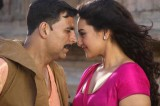 Akshay Kumar and Sonakshi Sinhas Holiday Performing Well