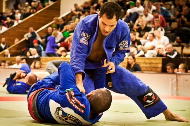 brazilian jiu jitsu athlete fitness