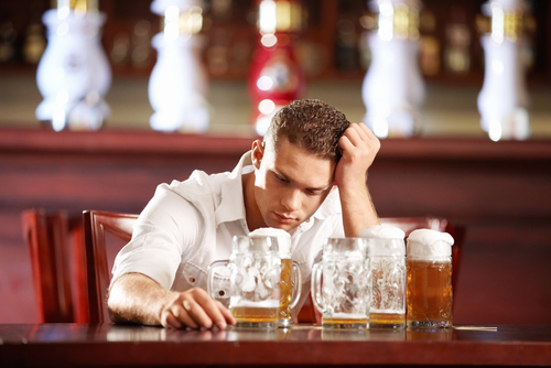 cause and effect essay binge drinking Essay on effects of binge drinking on college academics 1746 words | 7 pages act of drinking alcohol is not necessarily the problem, whether legal or not.