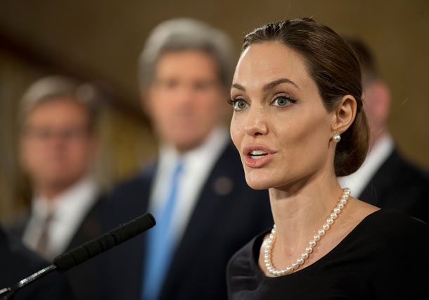 Angelina Jolie Begins Summit Against Rape