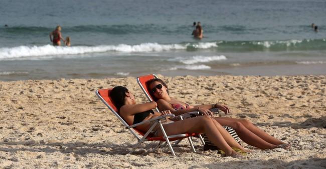 addiction and sun tanning