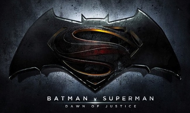 Batman V Superman: Dawn of Justice Has Superman Wearing Redesigned Costume