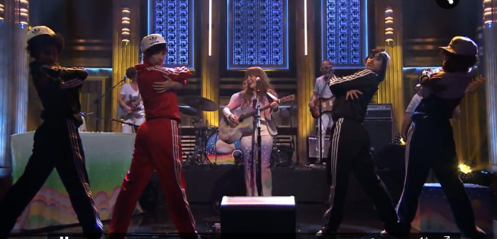 Jenny Lewis Mesmerizes on Jimmy Fallon [Video]