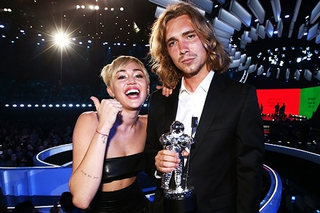Homeless Friend of Miley Cyrus a Wanted Criminal?