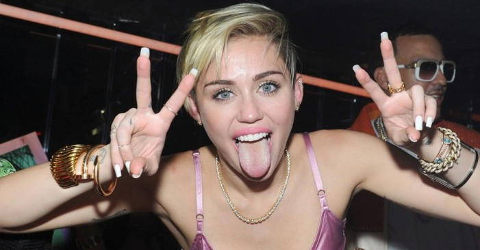 MTV Video Music Awards 2014: Miley Cyrus Was Not the Big Winner