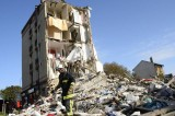 Six Dead From Building Blast in Paris, Workers Searching for Survivors