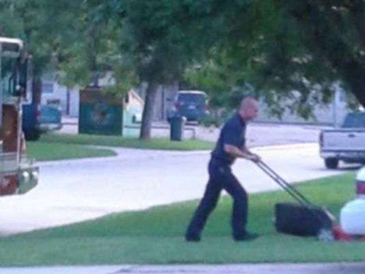Texas Firefighters Finish Mowing Yard of Man Who Has Heart Attack