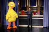 Jimmy Fallon Gets Help From Sesame Street Faves Like Big Bird