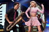 IHeartRadio Music Festival Taylor Swift, Ariana Grande, Coldplay [Video]