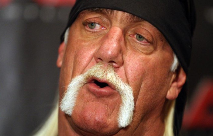 Hulk Hogan in Hot Water Over Restaurant Dress Code