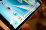 Samsung Steals Apple's Thunder