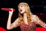 Taylor Swift Says She Will Stick With Pop Music