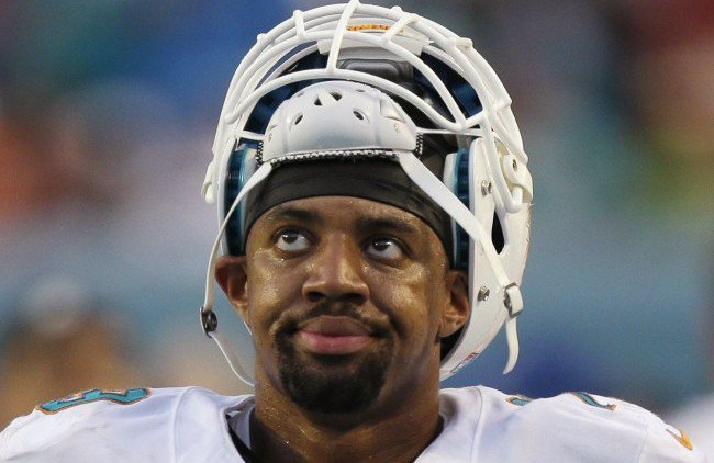 Dolphins Defensive End Derrick Shelby Arrested at Nightclub