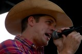 Dustin Lynch Hit by Beer Can at Country Music Festival
