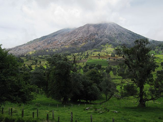 Costa Rica Volcano Erupting After 150 Years