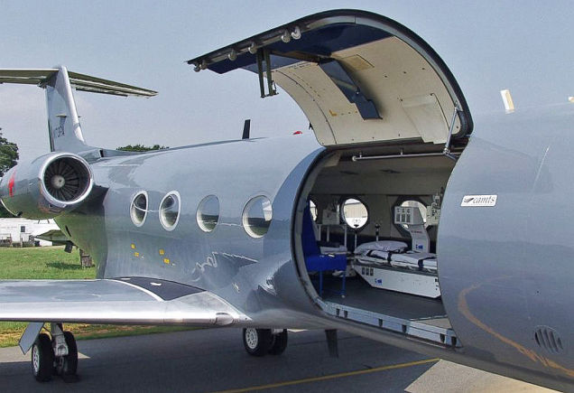 U.S. Senators Pushing for Flight Ban From Ebola Stricken Countries