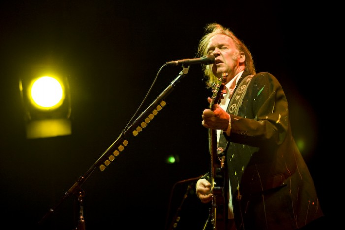 Neil Young Boycotts Starbucks Over GMOs