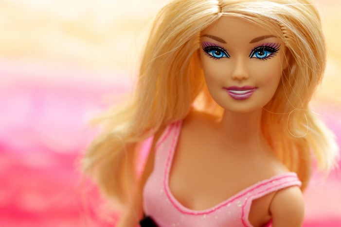 Barbie Dethroned as Top Holiday Toy for Girls