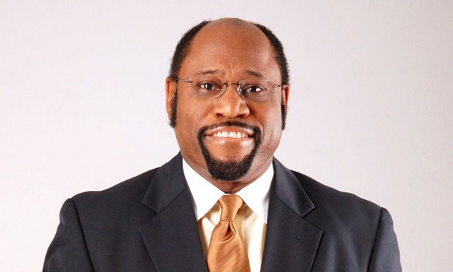Dr. Myles Munroe and Family Killed in Plane Crash