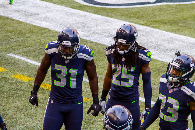 Seahawks 49ers Headline Thanksgiving Rivalry Day [Video]