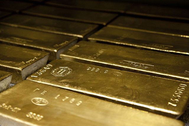 Gold Price Drop as Central Banks Diversify Assets