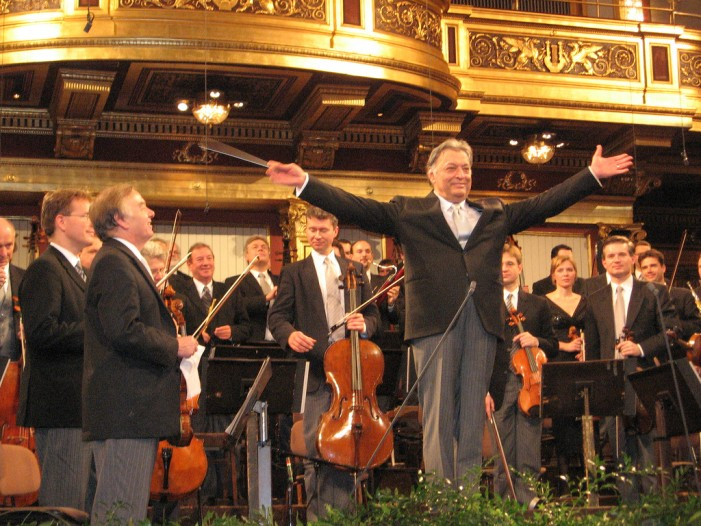 Vienna Philharmonic Welcomes 2015 With Annual New Year's Concert