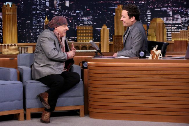 Jimmy Fallon 'Flips Lips' With Ricky Gervais [Video]