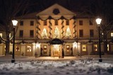 Colonial Williamsburg Christmas Season Begins With Grand Illumination