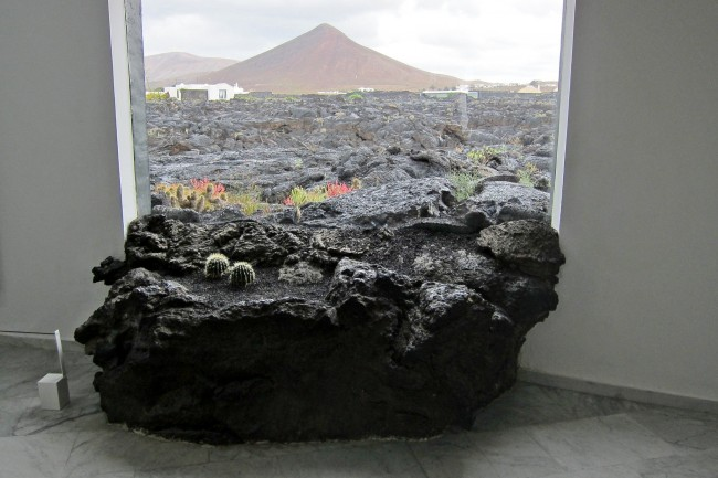Lanzarote Art In Nature A Visit To The Csar Manrique