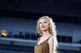 Hackers Threaten Taylor Swift With Nude Photo Leak