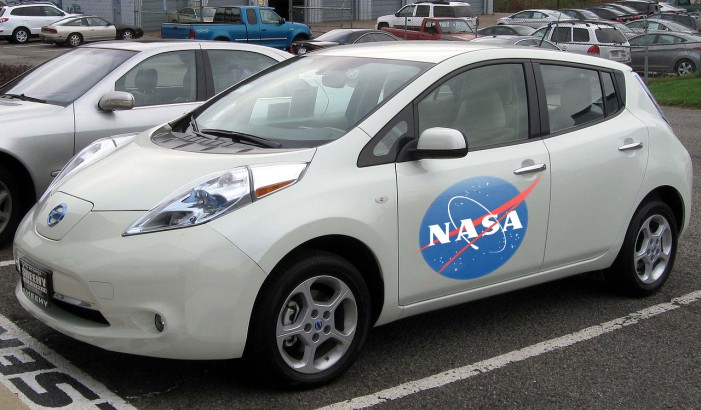 NASA and Nissan to Develop Self-Driving Car
