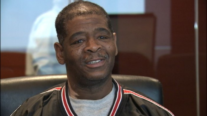 Crowdfunding Helps Man Who Walked 21 Miles to Work, Again
