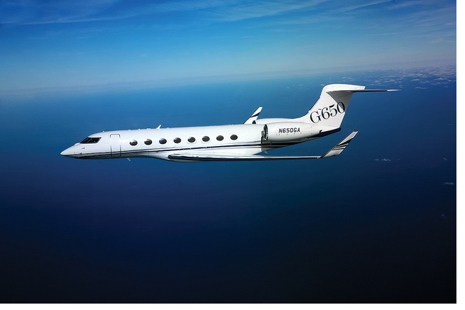 Prominent Pastor Solicits Money Online for New Luxury Jet