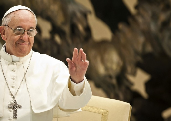 Pope Francis Told by Doctors to Revamp Diet in Wake of Weight Gain