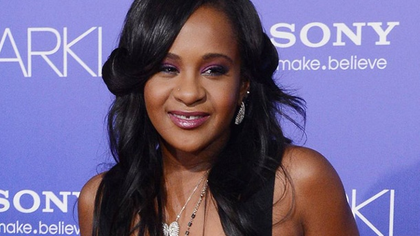 Bobbi Brown is now awake and she is no longer on life support, according to her father, Bobby Brown. He announced the news during a concert on Saturday night.