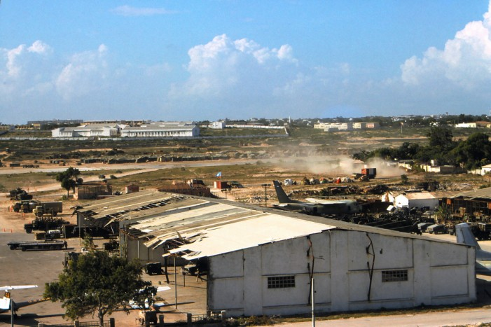 John Kerry Makes Unexpected Visit to Somalia