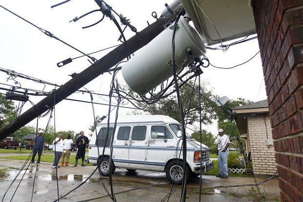 Tornado in Kenner Louisiana Brings Destruction