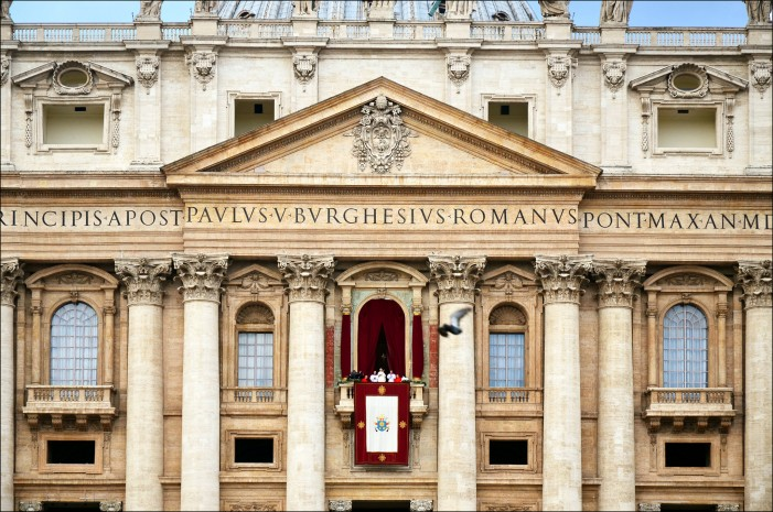 Pope Francis Sets Up Tribunal for Pedophile Priests