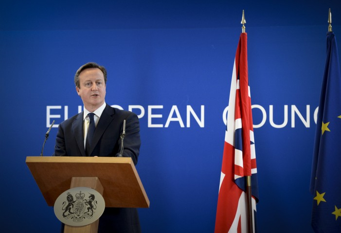 David Cameron Bullying Cabinet to Support EU