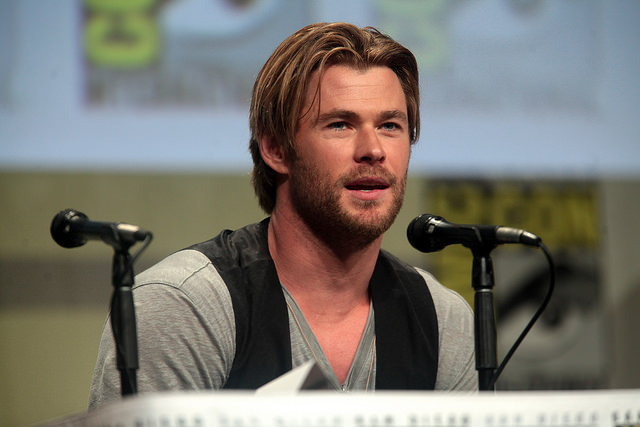 Chris Hemsworth New Role as Receptionist in Reboot of 'GhostBusters'